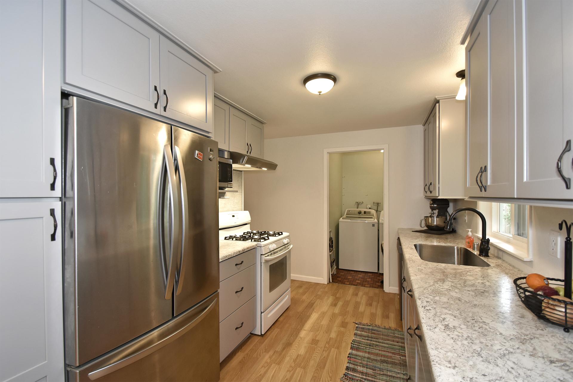 Kitchen - 11618 211th Ave E